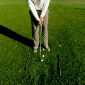 Improve your short game with this quick chipping tip- setup
